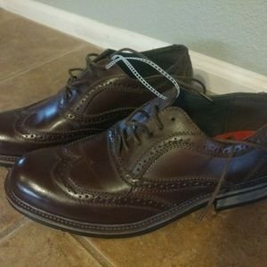 NEW Steve Madden Mens Wing Tip Oxfords Shoes Sz 9